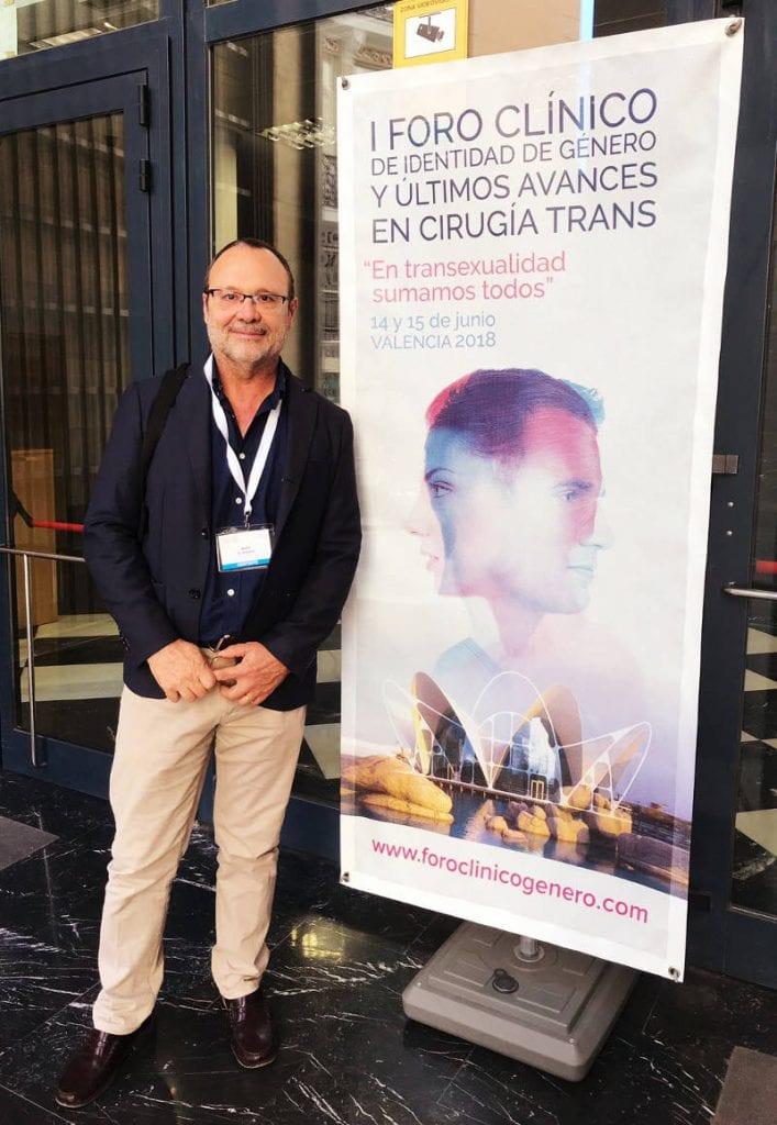 Dr. Roberto Moltó en el congreso Trans | Dr Molto